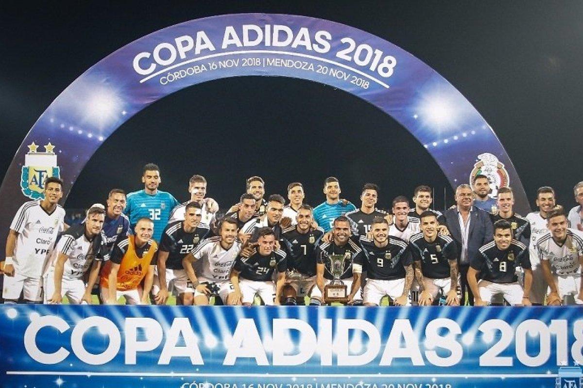 Argentina venció 2-0 a México