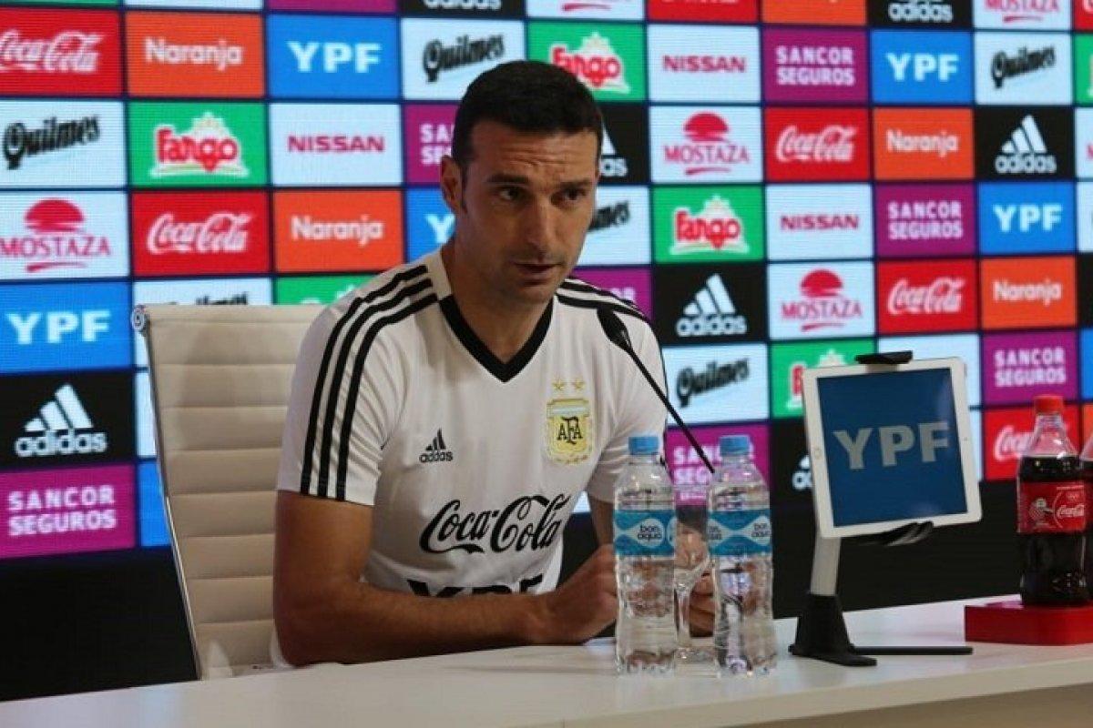 """""""Hay que trabajar para el futuro de la Selección"""""""