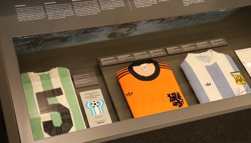 Camiseta de Argentina 1978. La joya  la casaca que Gallego usó en la final  que la Selección la ganó a Holanda. e71b3e18c2bd2